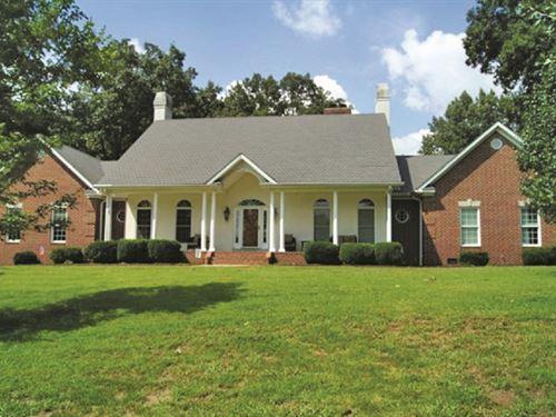 Home & Acreage Auction : Bowling Green : Warren County : Kentucky
