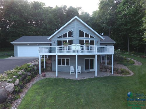 Country Home For Sale : Endeavor : Marquette County : Wisconsin