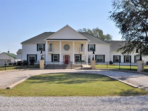 Corp. Retreat, B&B, Spa Or Estate : Arkansas City, : Cowley County : Kansas