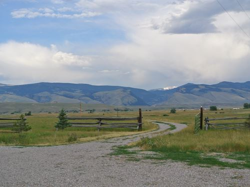 Rolling Meadows Horse Property : Lander : Fremont County : Wyoming