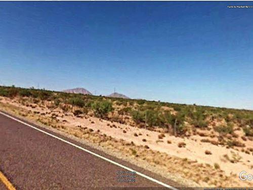Unrestricted West Texas Property : Sierra Blanca : Hudspeth County : Texas