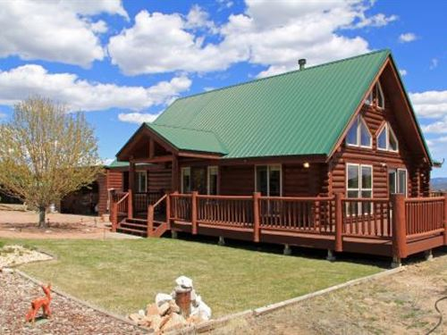 Colorado Mountain Luxury Log Home H : Westcliffe : Custer County : Colorado