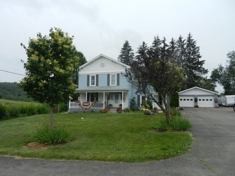 Perfect Country Home : Berkshire : Tioga County : New York