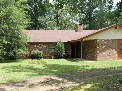 3Bd/2Ba Home On 6 Acres : West Point : Clay County : Mississippi