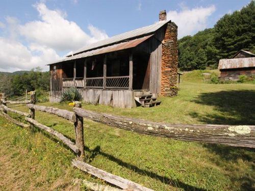 Grayson Highlands Mini-Farm : Mouth Of Wilson : Grayson County : Virginia