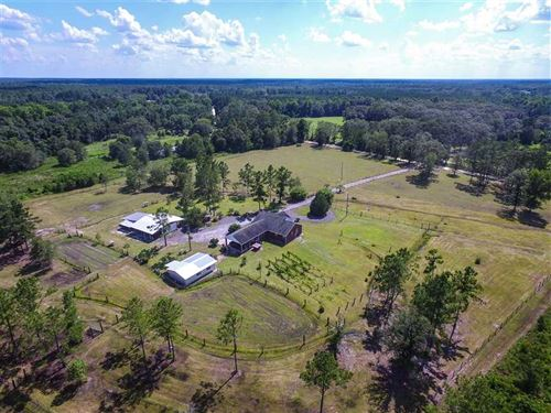 Brick Home on 10 Acres With Fenced : Nahunta : Brantley County : Georgia