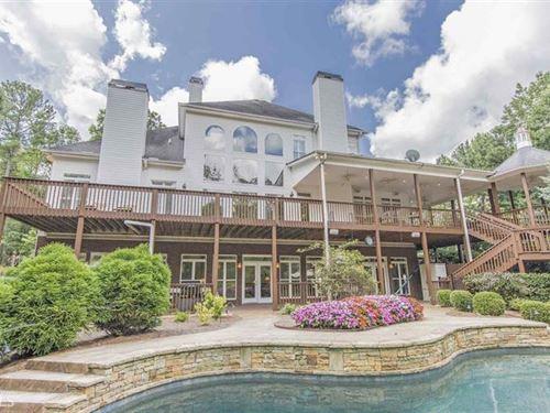 Charming Southern Estate On 10+ Acr : Social Circle : Walton County : Georgia