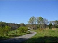 North Georgia Farm : Talking Rock : Pickens County : Georgia