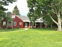 Beautiful Horse Farm And House : Lee : New York County : New York