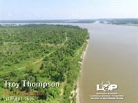 756 Ac Can Be Split 427 And 329 Ac : Delta : Madison Parish : Louisiana