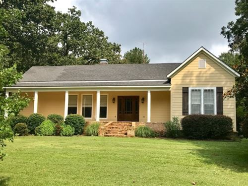 Large Renovated Home On 5 Acres Wit : Summit : Pike County : Mississippi