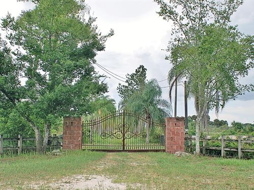 Caloosa Farms : Clewiston : Hendry County : Florida