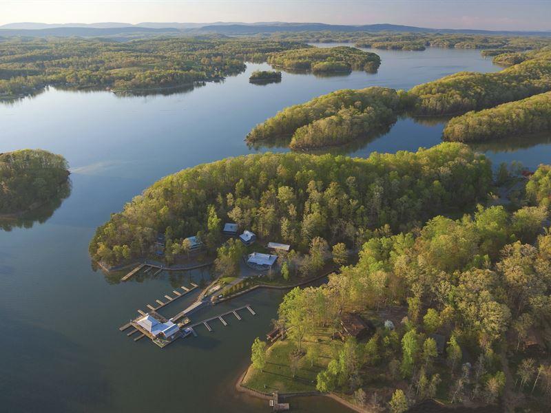 Lakefronts Up To 77 Acres : Seneca : Oconee County : South Carolina