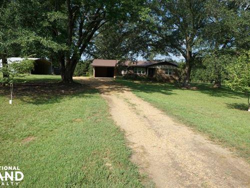 Stewart Year Round Recreation : Stewart : Hale County : Alabama