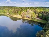 Home On 45 Acres W/Lake, 3 Stalls : Madison : Morgan County : Georgia