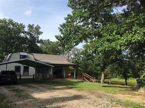 Home With Land And Pond : Arthur City : Lamar County : Texas