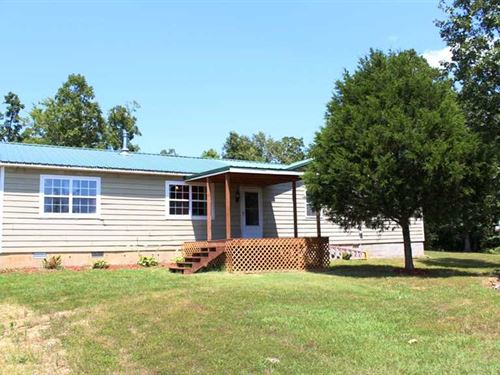 Home on Over 50 Acres For Sale in : Poplar Bluff : Butler County : Missouri