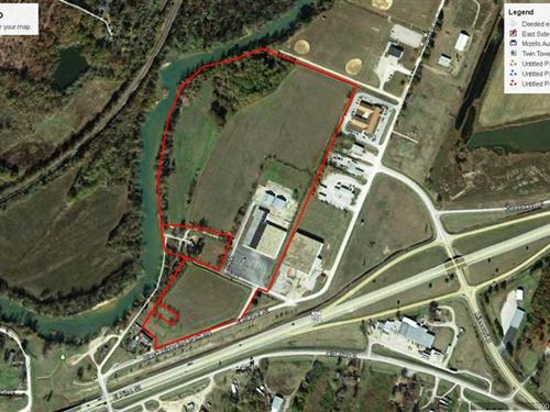 Multipurpose Building on 43 Acres : Poplar Bluff : Butler County : Missouri