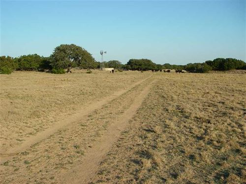 3,812.34 Acre Ranch in Eastern Sut : Sonora : Sutton County : Texas