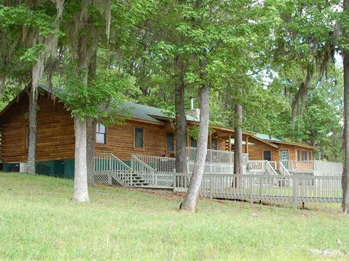 Premier Recreational Property : Clio : Barbour County : Alabama