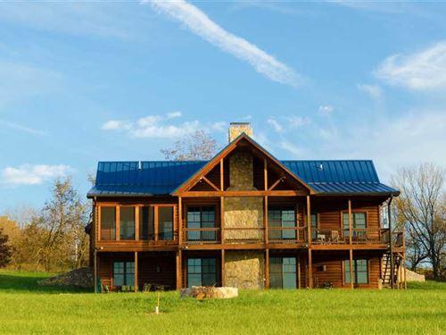 Black Dog Farm, Inc, 238 Acreduck : Blairstown : Henry County : Missouri
