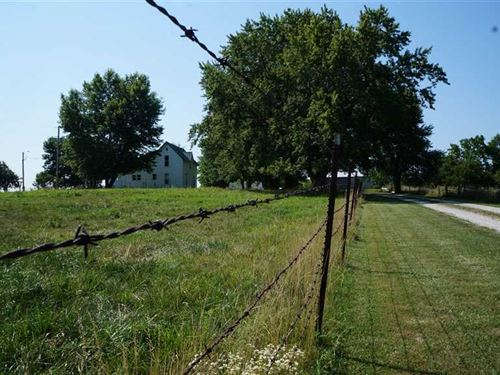 120 Acre Pasture Farm With Two Hom : Cameron : Caldwell County : Missouri
