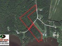 10 Acres of Waterfront Residential : Shiloh : Camden County : North Carolina