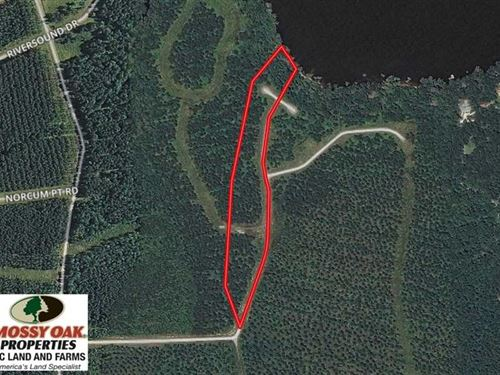 10.3 Acres of Residential Land For : Edenton : Chowan County : North Carolina