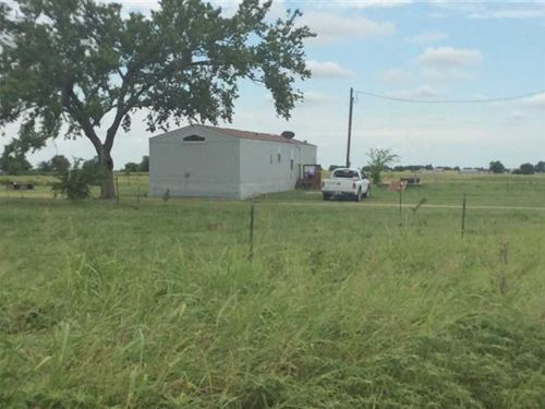 North Barns Farm With Trailer ho : Gainesville : Cooke County : Texas
