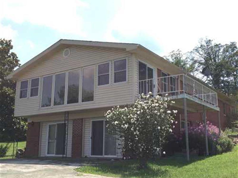 5 Acres With a Beautiful 2 Stor : Dennard : Van Buren County : Arkansas