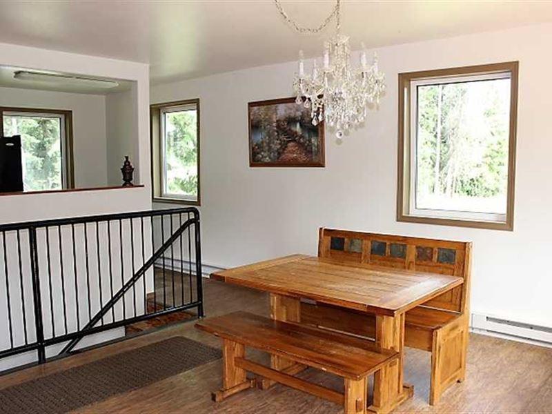 Horse Property, Home Garage : Fairbanks : Fairbanks North Star Borough : Alaska