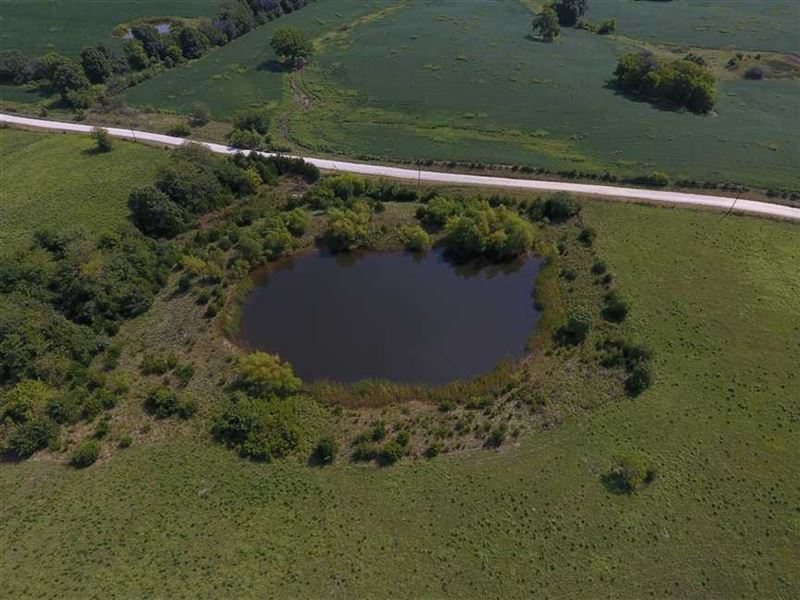 One great 79 acre tract hunt fish farm for sale for Fish farm missouri