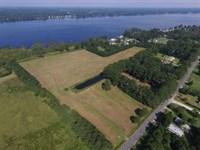 27 Acres of Waterfront Land For Sa : Washington : Beaufort County : North Carolina