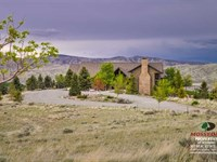 Five Bedroom, Four Bath Home on 18 : Cody : Park County : Wyoming