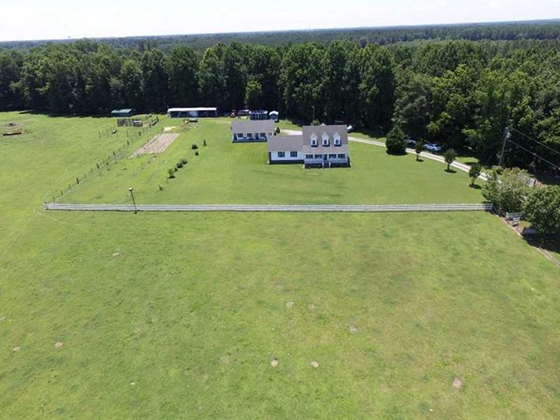 32.5 Acres of Farm And Timber Land : Courtland : Southampton County : Virginia