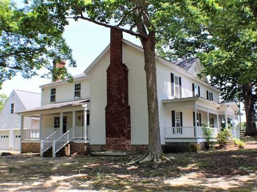 335 Acres of Farm Land With Home : Saxe : Charlotte County : Virginia