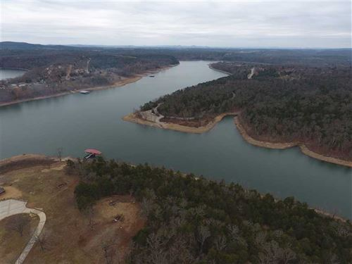 Sweetwater 28 on Table Rock : Golden : Barry County : Missouri