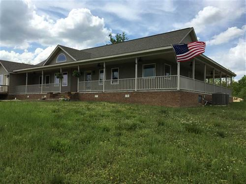 Gorgeous 5 Bedroom 3 Bath Home on : Cave City : Independence County : Arkansas