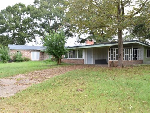 Home And 11.13 Acres : McComb : Pike County : Mississippi