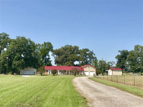Comfy 3 Bdrm 3 Bath 9+ Acres : Winnsboro : Wood County : Texas