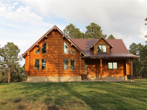 Pine Ridge Log Home Paradise : Crawford : Dawes County : Nebraska
