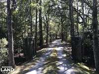 Hidden Oaks Racquet Club Private Es : Seabrook : Beaufort County : South Carolina