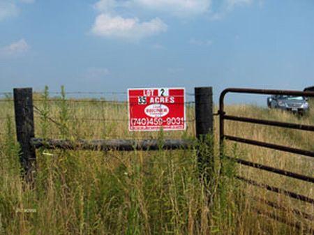 35.7a, Barn, Pond, Great For Horses : Germantown : Bracken County : Kentucky