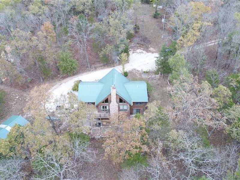 bourbeuse river log home on 13 49   farm for sale   rosebud   gasconade county   missouri   farmflip