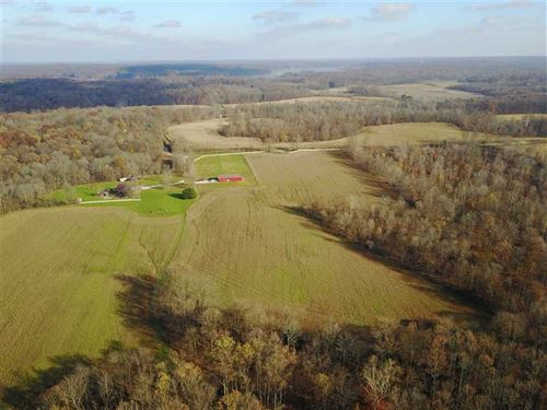 The Stable Retreat : Poland : Putnam County : Indiana