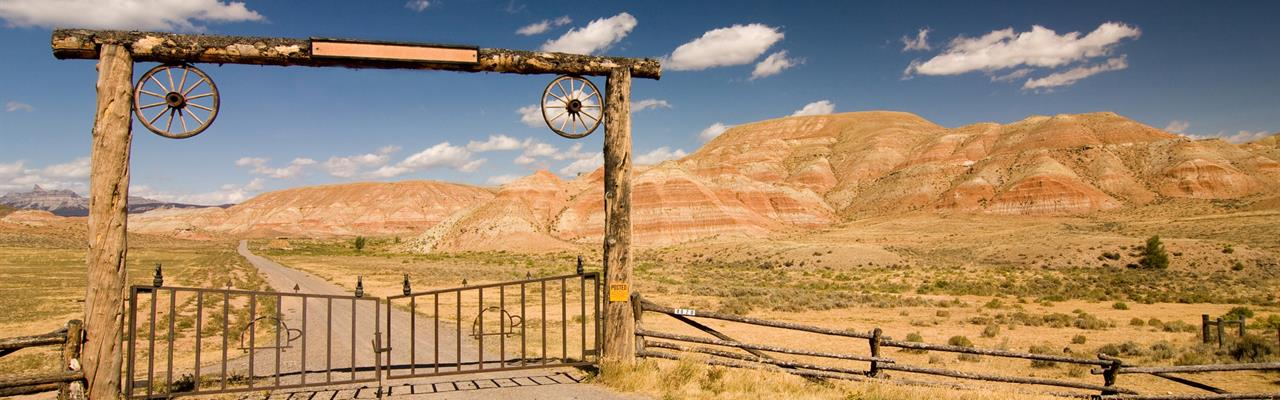 Live At The Base Of The Mountain : Van Horn : Hudspeth County : Texas