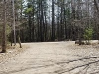 Day Pittsfield Log Cabin 665 Acres : Pittsfield : Somerset County : Maine