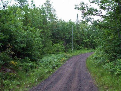 Lake Medora West, Lot 21 : Copper Harbor : Keweenaw County : Michigan
