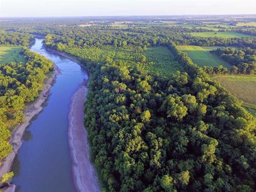 150 Acre River Farm For Sale in Ch : Chetopa : Cherokee County : Kansas