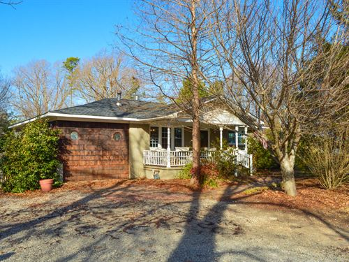Cozy Home On 11.25 Ac. Cross Anchor : Enoree : Spartanburg County : South Carolina